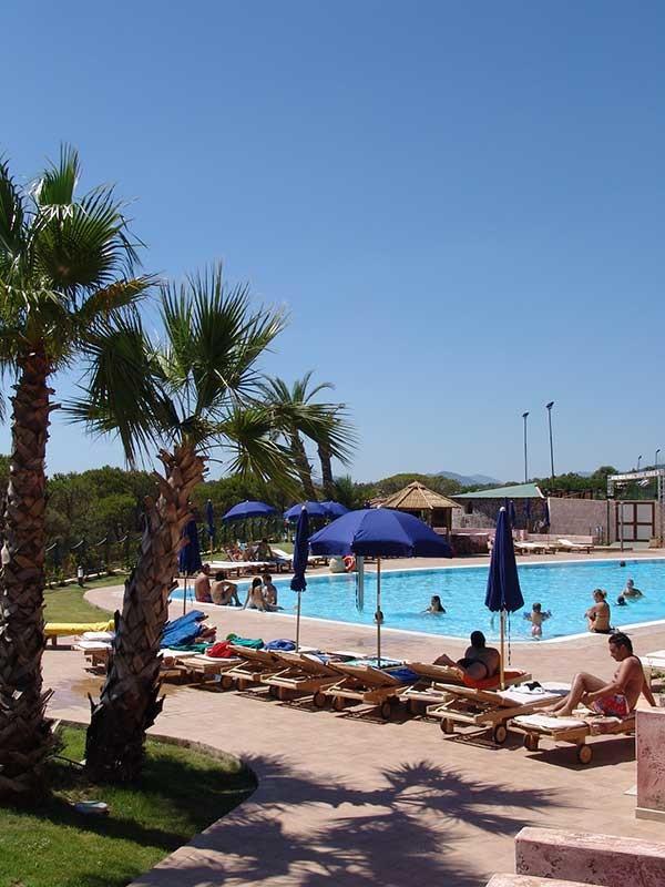 Il Borgo Porto Corallo - piscina - centro sportivo e benessere - porto corallo
