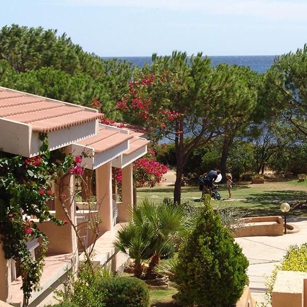 Alojamientos vacaciones Cerdeña sureste Porto Corallo
