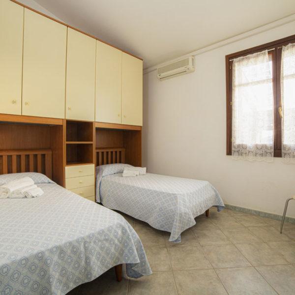 ville corallo vacanze: camera con letti singoli - esempio