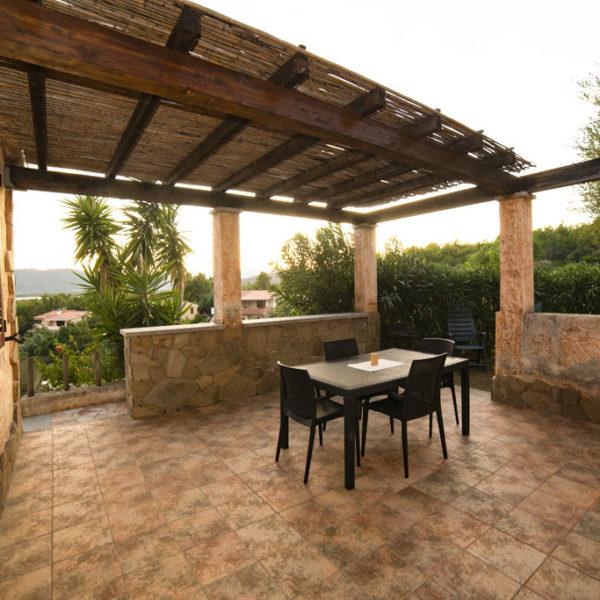 corallo vacanze - porto corallo sardegna: villa veranda - esempio