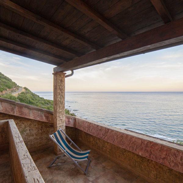 corallo vacanze: quadrilocale e veranda vista mare