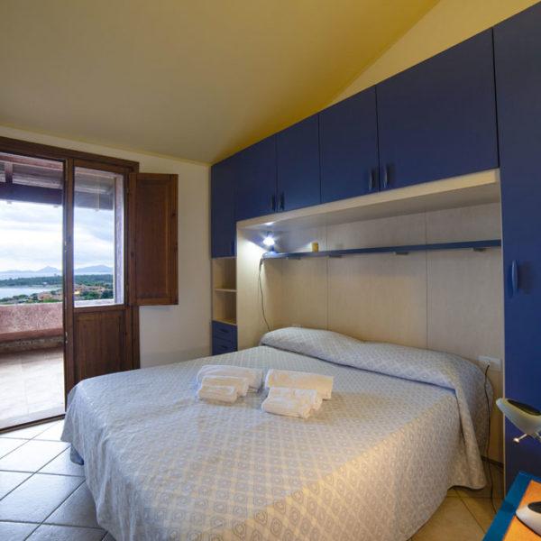 camera letto matrimoniale esempio quadrilocale corallo vacanze