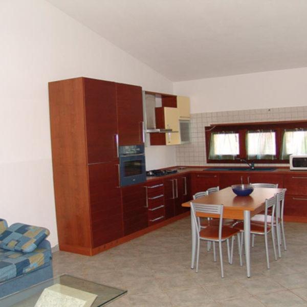 cucina soggiorno ville corallo vacanze: esempio