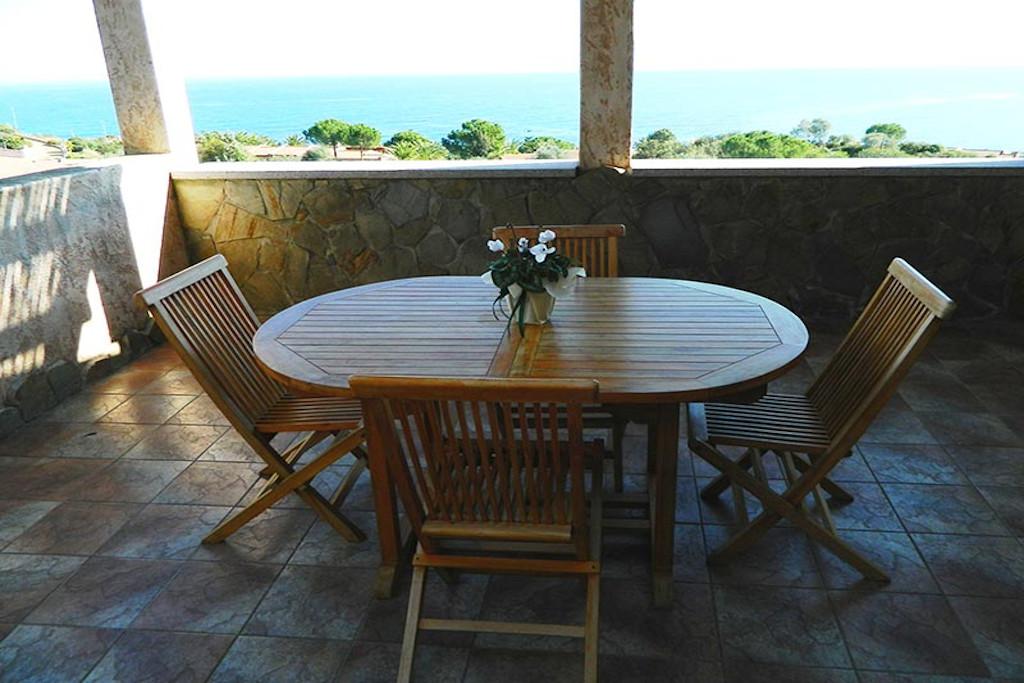 Alojamientos y villas vacaciones Cerdeña sureste Porto Corallo